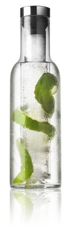 Cool Bottle Water Carafe design by Norm Architects for Menu Water Carafe, Water Bottle, Lime Infused Water, Outdoor Chalkboard, Chalkboard Party, Burke Decor, Nordic Design, Glass Containers, Fun Cooking