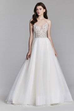 d9aeae1567b 8706 by Jim Hjelm   Wedding Atelier Designer Wedding Gowns