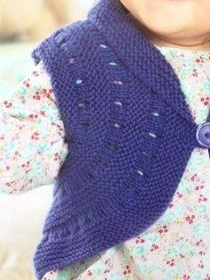Petit gilet original et superbe!! Knitting For Kids, Baby Knitting Patterns, Free Knitting, Crochet Patterns, Fingerless Gloves, Arm Warmers, Baby Items, Toddler Girl, Knit Crochet