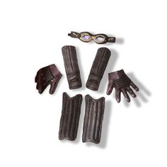 Harry Potter Quidditch Accessory Kit Includes: Goggles, Shin Guards, Knee Guards, Arm Guards and Gloves. This is an officially licensed Harry Potter product. Weight (lbs) 0.56 Length (inches) 19 Width (inches) 12 Height(inches) 3.5 Accessories & Makeup Black One Size Everyday Unisex Child
