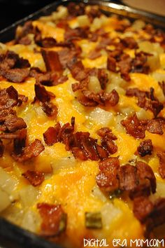 "These cheesy potatoes are called ""Mississippi Mud"" potatoes because, like the river, they're LONG on taste and MIGHTY good! Bacon and cheese shine in this! Cheesy Mashed Potatoes, Leftover Mashed Potatoes, Bacon Potato, Baked Potatoes, Chicken Potatoes, Mississippi Mud, Baked Cheese, Potato Side Dishes, How To Cook Potatoes"