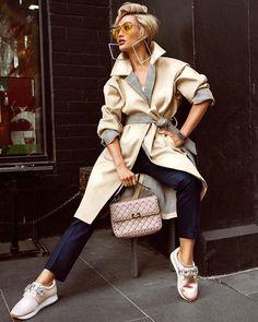 Très CHIC! StyleRave.com SR @micahgianneli #sneakers