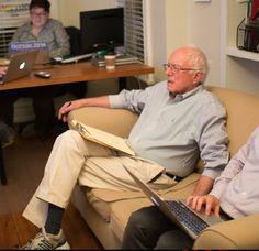 Bernie Sanders Live-Tweeted The Republican Presidential Debate