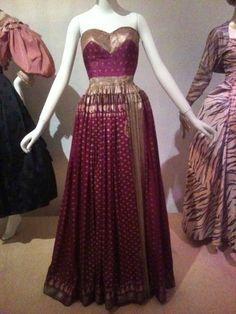 Mainbocher, sari fabric