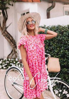All Eyes On You Leopard Tote • Impressions Online Boutique Eyelet Dress, Babydoll Dress, Eyelet Top, Pink Dress, Lace Dress, Malibu, Fuchsia, Flare, Skinny