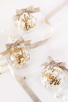 62 homemade christmas ornaments - diy crafts with christmas tree ornaments Easy To Make Christmas Ornaments, Easy Homemade Christmas Gifts, Christmas Ornaments To Make, Personalized Christmas Ornaments, Noel Christmas, Handmade Christmas, Christmas Decorations, Gold Ornaments, Homemade Ornaments