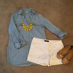 SALE! Chic light denim chambray tunic top This light denim shirt is the most comfortable denim tunic you will ever own! It is a gorgeous color that is perfect for the summer. It is also very lightweight and not too heavy at all. You will not regret this top! Only worn once! New York & Company Tops