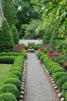 Boxwood garden - 50 New Front Yard Landscaping Design Ideas HomeBestIdea - Bo. - Boxwood garden – 50 New Front Yard Landscaping Design Ideas HomeBestIdea – Boxwood garden, F - Front Yard Landscaping Design, Boxwood Garden, Country Gardening, Beautiful Flowers Garden, Gorgeous Gardens, Backyard Garden, Outdoor Gardens, Garden Pathway, Beautiful Gardens
