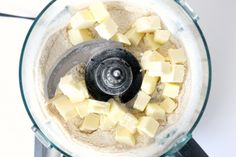 How to Make Whole Wheat Pie Crust Whole Wheat Pie Crust, Pie Crust From Scratch, Chow Chow, Pie Recipes, Fruit Salad, Food Processor Recipes, Vegetarian Recipes, Keto, Natural