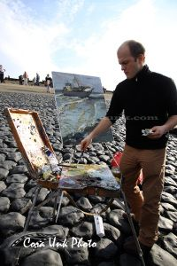 Shipwreck-Petten Artist painting shipwreck