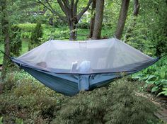 @Kelley Sullivan...totally see you in one of these once you get to NOLA!! Netted Cocoon Hammock...oh yeahhhh!!