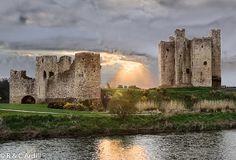 Trim Castle in Ireland, built by Hugh de Lacy is the largest Anglo-Norman castle in Ireland built in 1176