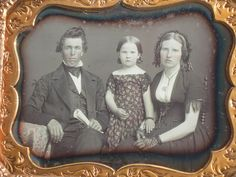 Excellent Quarter Plate Daguerreotype Family of Three