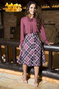Like the outfit Modest Outfits, Classy Outfits, Casual Outfits, Dress Outfits, Modesty Fashion, Women's Fashion Dresses, Blouse Designs, Dress To Impress, Dress Skirt