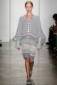 Parsons MFA Spring 2015 Ready-to-Wear - Collection - Gallery - Style.com