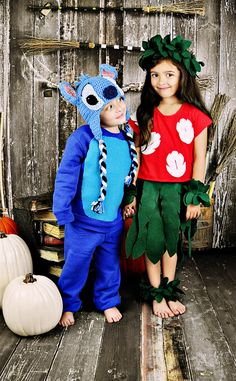 LILO and stitch brother sister costumes  sc 1 st  Pinterest & 54 Cute Creepy And Clever Halloween Costumes For Siblings ...