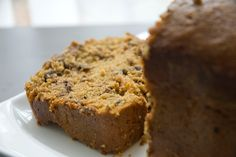 Pumpkin date bread with chocolate chips...in the bread machine!