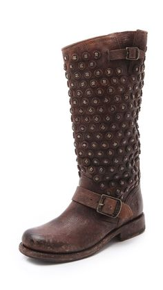 Beautiful studded boots by Frye http://rstyle.me/n/phjthnyg6