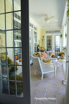 Fall Porch - tons of great ideas to cozy up the outdoors