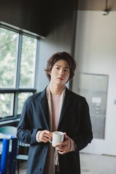 Korean Star, Korean Men, Asian Actors, Korean Actors, Drama Korea, Korean Drama, Park Bo Gum Wallpaper, Park Bo Gum Lockscreen, Wallpaper Lockscreen