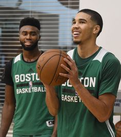 The Cleveland Cavaliers will target either Jaylen Brown or Jayson Tatum to complete the Kyrie Irving trade with the Boston Celtics. Boston Celtics, Celtics Gear, Basketball Highlights, Sport C, Basketball Schedule, Jayson Tatum, Basketball Uniforms, Celtics Basketball, Golf Stores