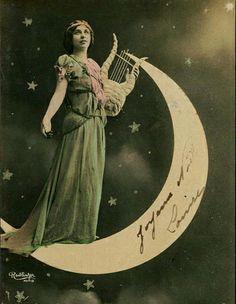 beautiful 1900s Reutlinger postcard
