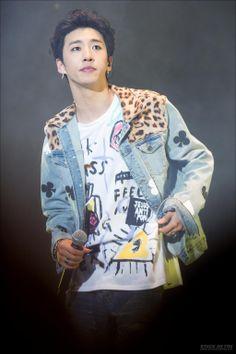 { B.A.P YONGGUK } #bap #leader #Yongguk I'm so sorry I just can't get enough of these pics of Yongguk performing live!!! XD