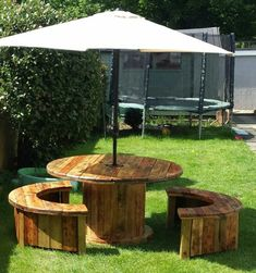 Wonderful Diy Recycled Wooden Spool Furniture Ideas for Your Home No. 64 Wonderful Diy Recycled Wooden Spool Furniture Ideas for Your Home No. 64 , Marvelous Diy Recycled Wooden Spool Furniture Ideas For Your Home No 64 , T. Wooden Spool Tables, Cable Spool Tables, Wooden Cable Spools, Cable Spool Ideas, Spools For Tables, Cable Reel Table, Recycler Diy, Recycling, Pallet Furniture