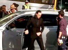 Tom Hiddleston on the set of Thor: Ragnarok in Brisbane (2016)