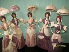Bonecas em Palha de Milho COM SOMBRINHA