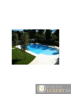 Beautiful villa with swimming pool for sale in Forte dei Marmi, Vittoria Apuana, ref176