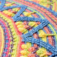 Ravelry: Sunny Border - overlay crochet pattern by Tatsiana Kupryianchyk