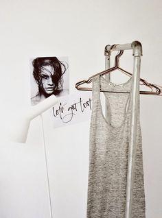 White simplicity. by superinspiring @whitelivingetc | Anettes2 Pinterest 1, 2, 3, Helt...