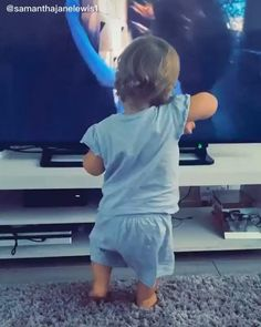 Funny Baby Memes, Funny Memes Images, Cute Funny Baby Videos, Cute Funny Babies, Funny Videos For Kids, Really Funny Memes, Funny Cute, Cute Kids, Precious Children