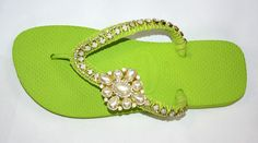 How to DIY Nice Decorated Flip Flops | iCreativeIdeas.com Like Us on Facebook ==> https://www.facebook.com/icreativeideas