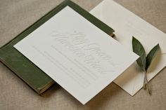 Modern Wedding Invitations from Alee + Press | Photo Credits: Alee & Press