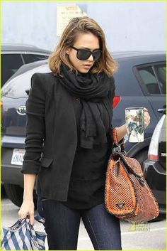 Jessica Alba: Pregnancy is 'Fun and Exciting': Photo Jessica Alba heads to a studio on Wednesday (March in Santa Monica, Calif. The expectant mama paired a warm black scarf and a black blazer with… Parisienne Chic, Pregnancy Fashion Winter, Maternity Fashion, Blair Waldorf Style, Jessica Alba Style, Prada Bag, Prada Handbags, Scarf Styles, Celebrity Style
