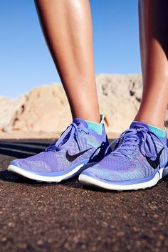 The running shoe that conforms perfectly to your foot! Nike Free 4.0 Flyknit Running Shoes