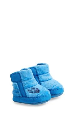 The North Face Fleece Bootie (Baby) Baby Shower Cake Sayings, Baby Shower Themes, Nordstrom Baby Boy, Shoes Names, Baby Boy Accessories, Baby Wish List, Cute Baby Shoes, North Face Fleece, Cool Baby Stuff