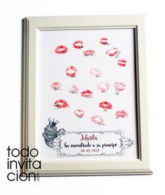 Cuadro de huellas con besos para despedidas de soltera. Una forma original y divertida de que tus invitadas dejen su huella en el día de tu fiesta.
