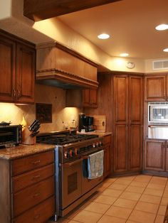 Corner Kitchen Pantry Design, Pictures, Remodel, Decor and Ideas - page 11