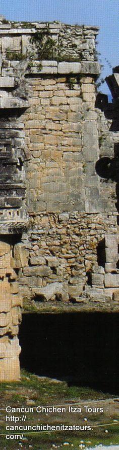 Chichen Itza Maya Temple . Mexico