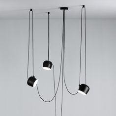FLOS AIM LED-Pendelleuchte 3 flammig Weiß Schwarz mit Wanddimmer ohne Dimmer
