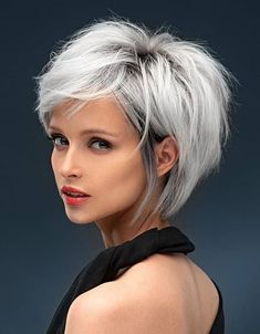 Brilliant Style of Short Hair Color & Looks In 2020 Short Blonde Haircuts, Short Haircut Styles, Long Bob Hairstyles, Girl Haircuts, Trendy Hairstyles, Short Hair Lengths, Short Hair Cuts, Medium Hair Styles, Curly Hair Styles