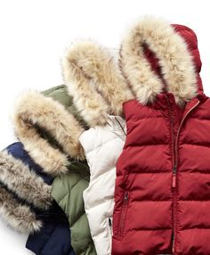 Don't sacrifice style for comfort. Stay warm this Fall with the ColdControl Max hooded puffer vest. Plush, lightweight and water-resistant PrimaLoft® fill keeps you warm and stylish with none of the bulk. Multiple colors available and a removable faux fur trim allows for maximum versatility. Get cozy now!