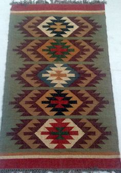 tisch von oben Rug Runner Cm Large Area Rugs Carpet Crafts Handmade Traditional Thanksgiving Gift by Rug Decoration Interior Rug Christmas Best Sell Christmas Rugs, Christmas Crafts, Dark Carpet, Red Carpet, Deep Carpet Cleaning, Interior Rugs, Square Rugs, Thanksgiving Traditions, Large Area Rugs