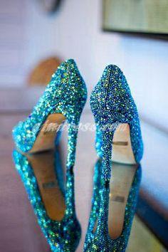 Would defiantly wear blue shoes.