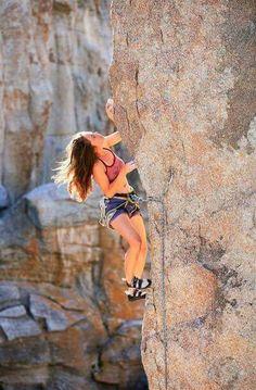 Sport extreme girls rock climbing 30 New ideas - Fitness Home Rock Climbing Training, Rock Climbing Workout, Rock Climbing Gear, Sport Climbing, Ice Climbing, Mountain Climbing, Climbing Pants, Climbing Holds, Mountain Biking