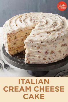 Italian Cream Cheese Cake – Desserts – You are in the right place about simple Desserts Here we offer you the most beautiful pictures about the oreo Desserts you are looking for. When you examine the Italian Cream Cheese Cake – Desserts – part of … Easy Cake Recipes, Sweet Recipes, Baking Recipes, Cookie Recipes, Dessert Cake Recipes, Recipe For Cakes, Cale Recipe, Dessert Blog, Layer Cake Recipes