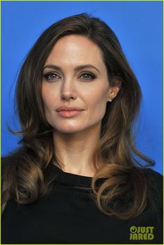 ♥  Angelina Jolie   Hair And Makeup